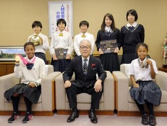 大阪薫英女学院 摂津市役所訪問