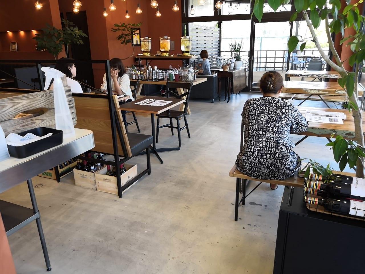 食堂カフェpotto×タニタカフェ 吹田紫金山公園店