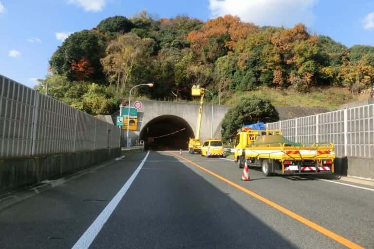 高速道路工事イメージ