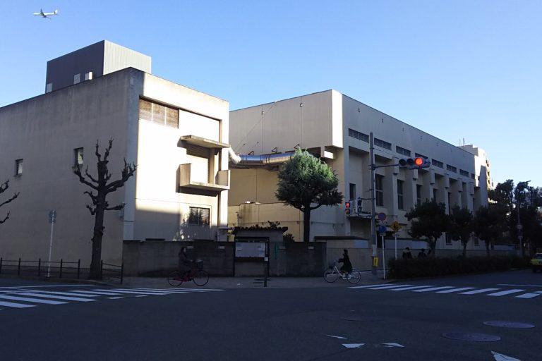 大阪市立西中島小学校 西側からの外観