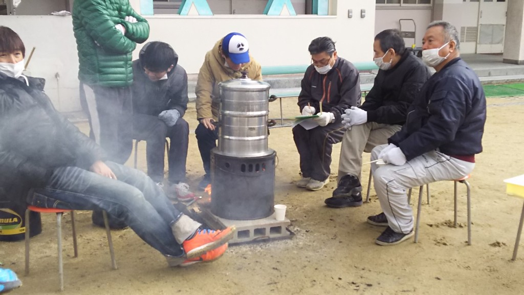木川南地域 もちつき大会 お米を蒸している様子