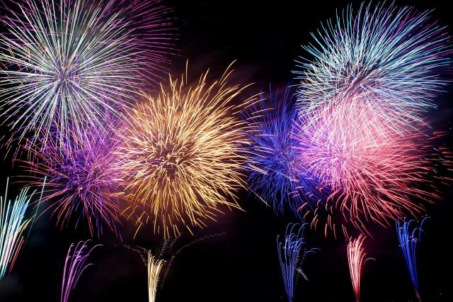 【加古川市】8/4(日)加古川花火大会。どこから見る?通行規制もあります