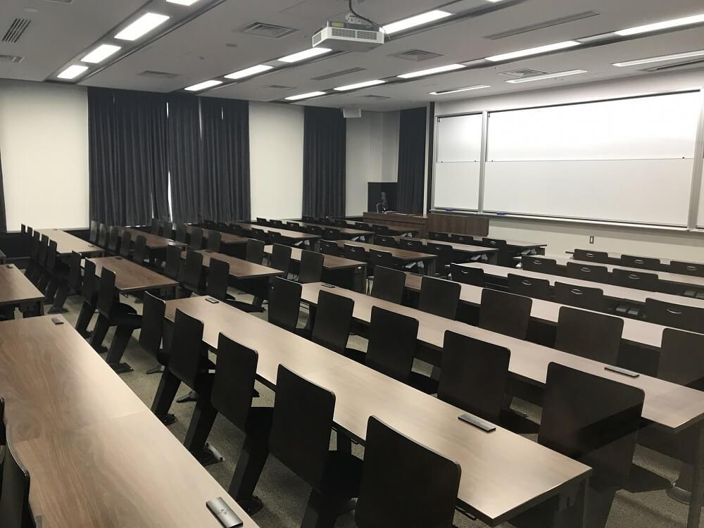 大学イメージ
