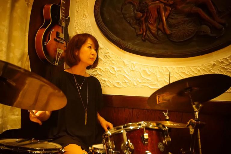 ミュージックカフェ メロウトーン jazz bar