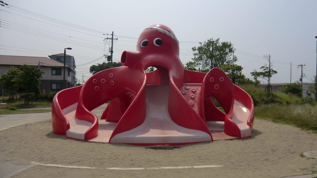 松江公園滑り台