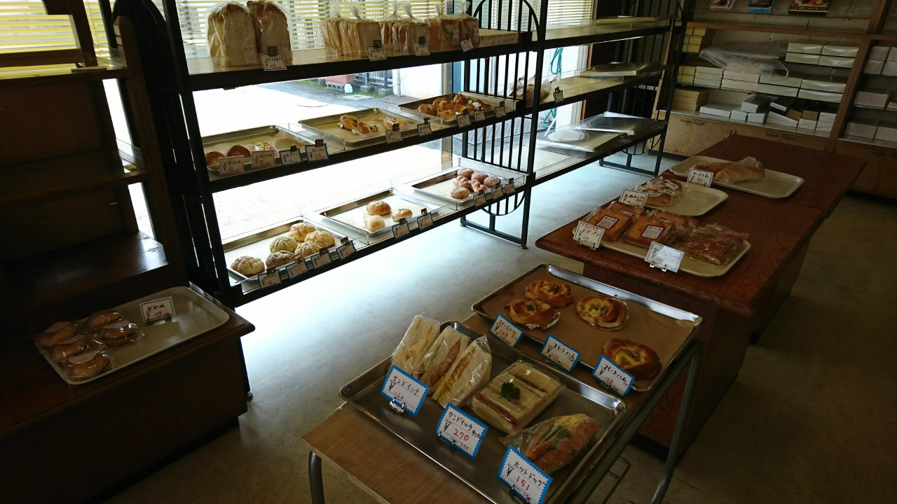 サンマローのパン売り場
