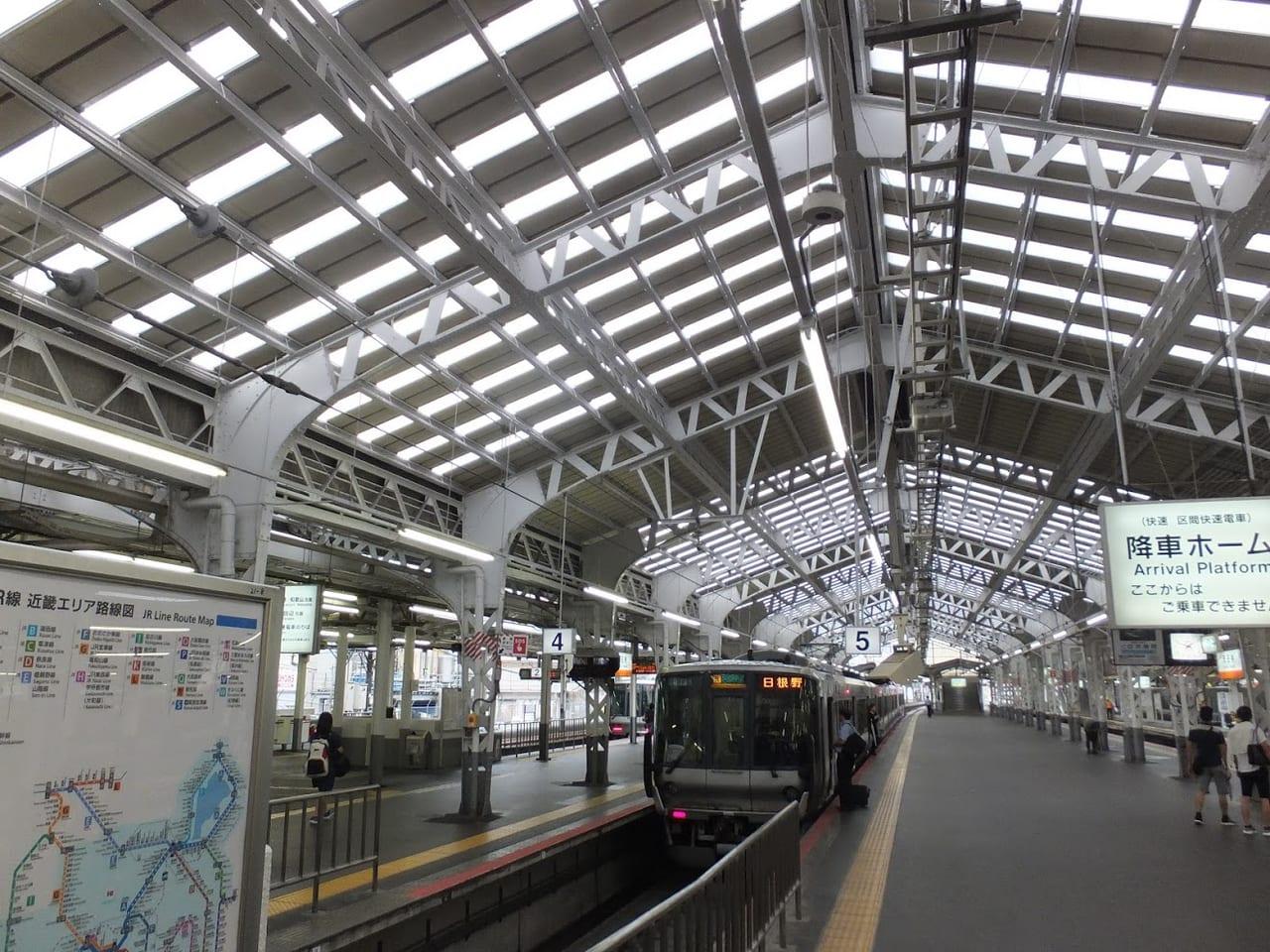 天王寺駅タコ焼き自販機